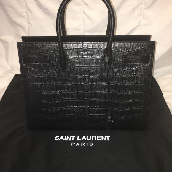 dfcf2a7e7fb 🖤🐊HP🐊🖤 YSL LRG Sac De Jour Carry All Bag