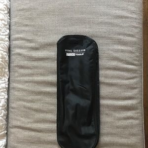 Accessories - Vidal Sassoon heat tool pouch