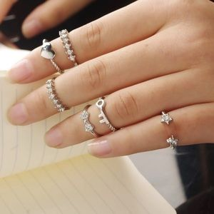 Jewelry - Crystal Midi Rings Set