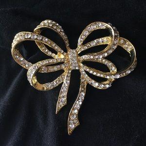 Jewelry - Gold and Rhinestone Brooch