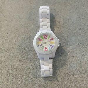 Jewelry - Oversized quartz watch