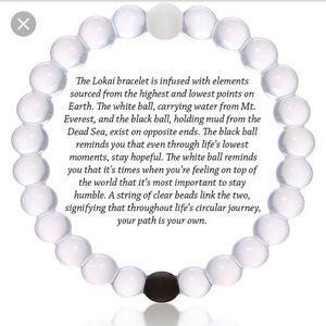 Jewelry - Lokai Bracelet ⚫️⚪️