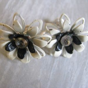 Vintage enameled black and white flower earrings