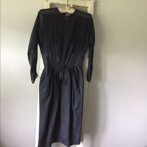 Dresses & Skirts - GORGEOUS Vintage navy cocktail dress