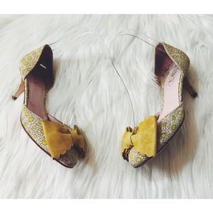 RED Valentino Daisy Bow Kitten Heel 5