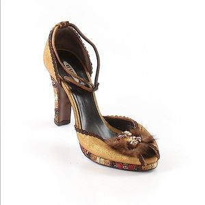 Gorgeous Le Silla heels. Retailed for $733