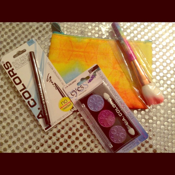 Other - 'WATERCOLOR'  IPSY Glam Bag with 3 items!NO TRADES