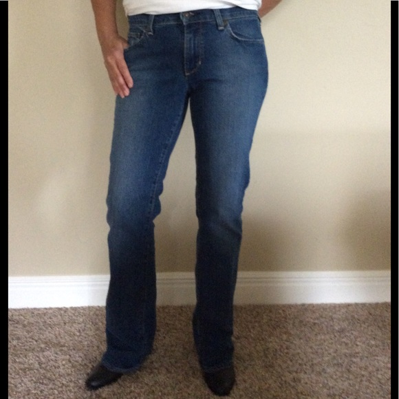 88a80b04a6f Old Navy Jeans   Stretch Ladies 4 Long   Poshmark
