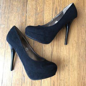 NWOT❗️Mossimo Platform Faux Suede Heels 6.5 Black
