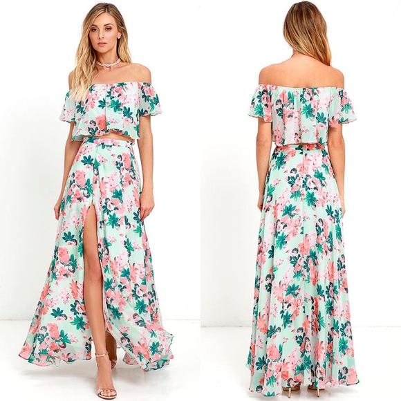 4e9fd7f7778 NWT Lulus Mint Floral Two Piece Maxi Dress