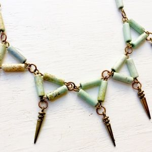 Jewelry - Long mint and bronze necklace with spikes