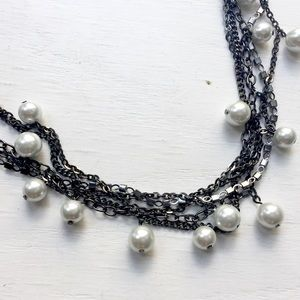 Jewelry - Gunmetal and pearl necklace
