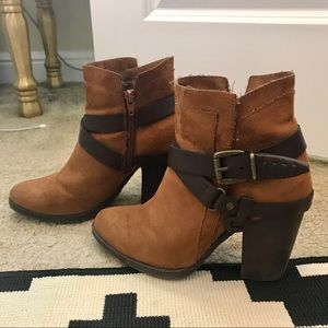 Shoes - Light brown ankle boots
