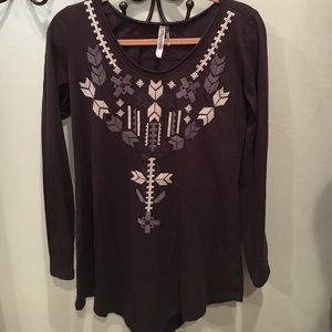 Tops - Beautiful cross stitched Aztec Indian blouse