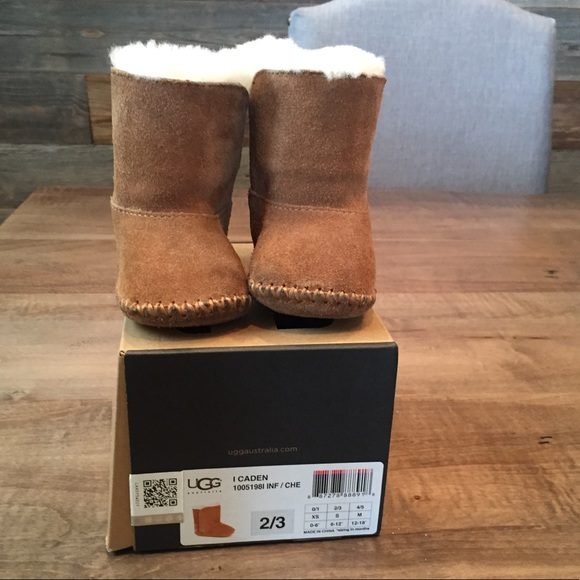 eb1bd82eaee Caiden UGG boot toddler size 2/3