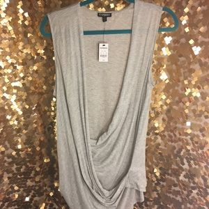 Tops - ⭐️💥NWT💥⭐️EXPRESS TANK soft material