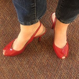 """Guess 5"""" Sexy Red Heels. Open Toe."""