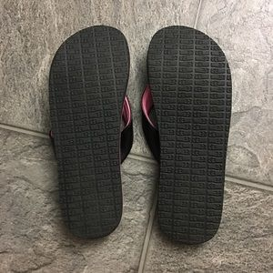 Sanuk Shoes - New Flip Flops