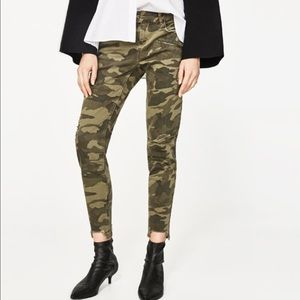 Zara black   ripped jeans with zips 2017