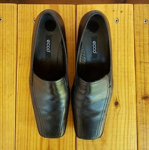 ecco • loafers