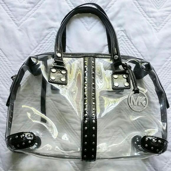 dec8a24d1afc Michael Kors clear bag metallic black. M 5987dfc5620ff7e18d0a70d3