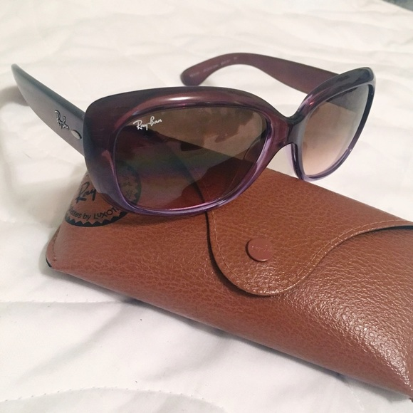 0ed27a7b42375 Ray-Ban Jackie Ohh Gradient Sunnies -- RB4101. M 5987e244f739bcfc1d0a649f