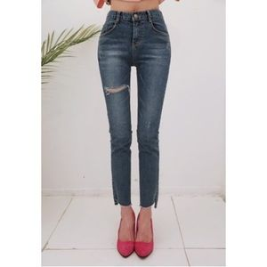 Denim - NWOT Korean DabaGirl Ripped Straight Jeans XS $89