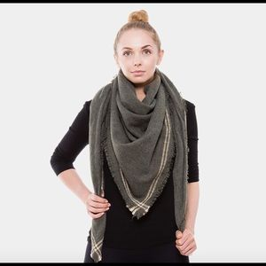 Scarf-OLIVE