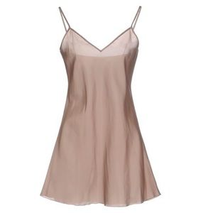 Moschino Cheap and Chic Blush Slip
