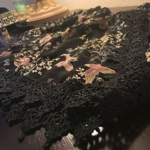 Shorts - Black Floral Shorts With Lace Details
