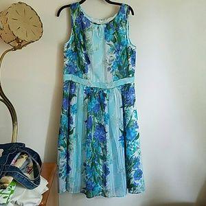 Beautiful  NWT Talbots  Dress 12