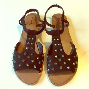 Qupid Black Sandals Spikes Studs Flats 8.5