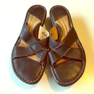 Born Brown Leather Sandals Wedges Slide On 8