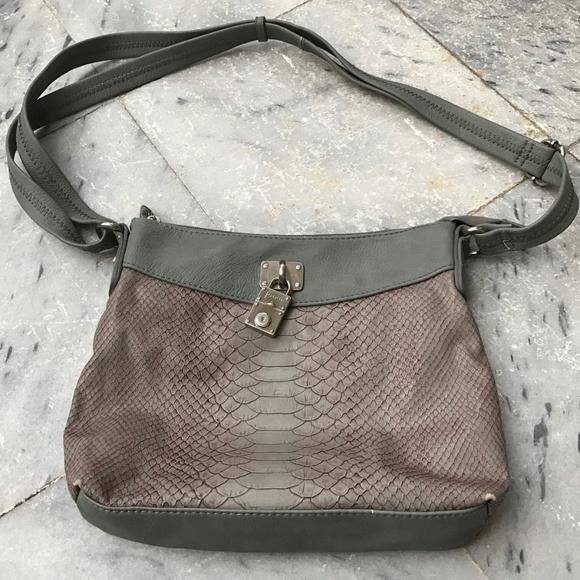 8be34737fbf3 FRANCINEl Handbags - FRANCINEL PARIS Leather Messenger Shoulder Bag