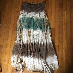 Dresses & Skirts - The dye Maxi skirt