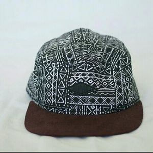 Like New Men's Empyre Hat