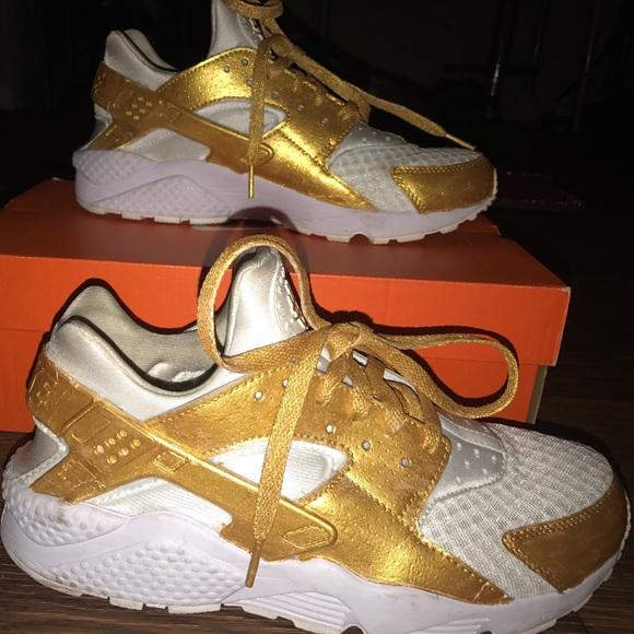 7a3a105c290ae CUSTOM Nike Huaraches. M_5988d177bcd4a795400d21db