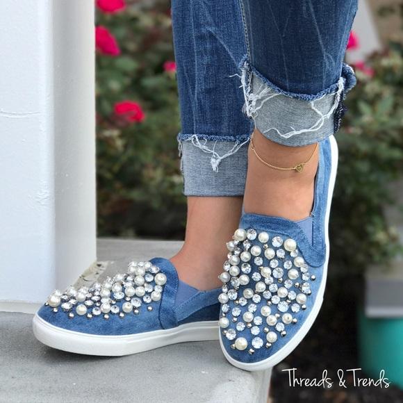 Threads \u0026 Trends Shoes   Flash Sale