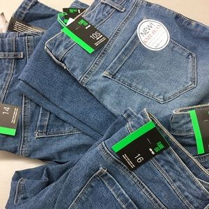 Style & Co. Low Rise Five-Pocket Flare Jeans
