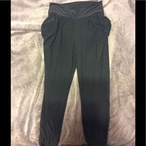 Pants - Super soft jogger pants w/ pockets