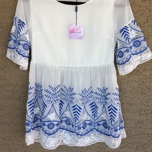 Embroider Floral Blouse .NWT