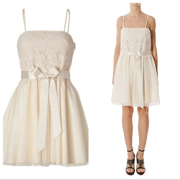 Red Valentino Ivory Lace Tulle Bow Dress