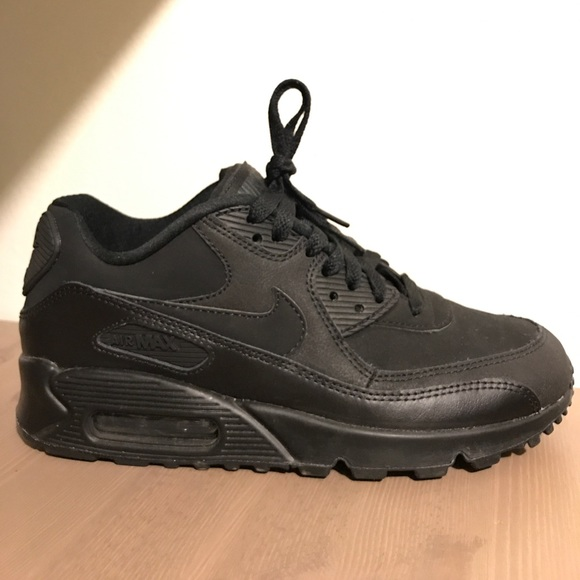 Nike Wmns Air Max 90 Blackhyper Grapeanthracite 61673