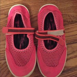 Other - Girls Pink Water Shoes