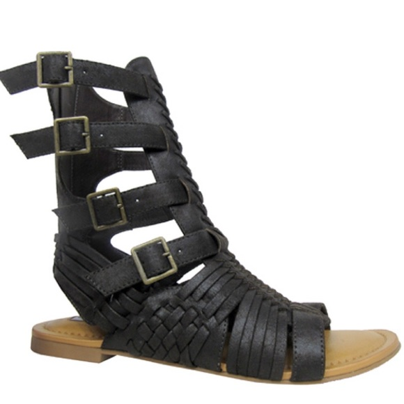 0976944f90a43 Timavo Sandal. Boutique. Not Rated