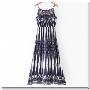 Dresses & Skirts - Boho Spaghetti Strap Maxi Dress