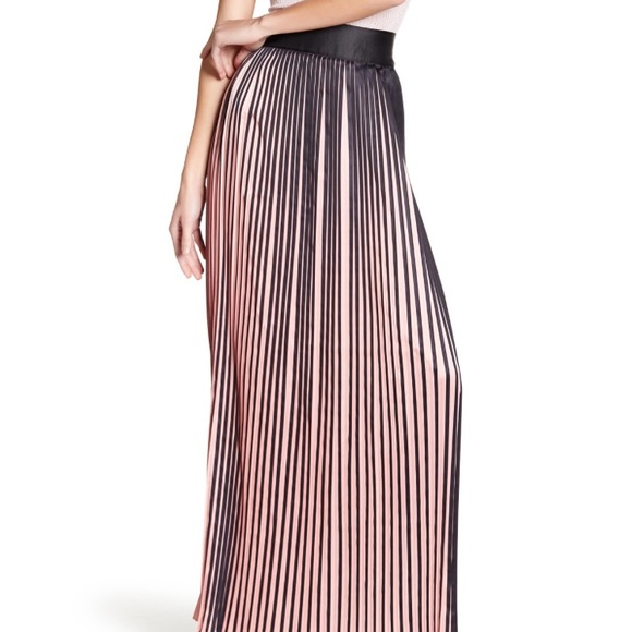 0a3c9ec546 TOV Holy Skirts | Tov Accordion Pleat Skirt In Blackblush New Wtag ...