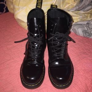 Shoes - Pre-owned Doc Martens