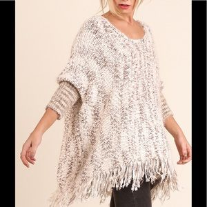 Sweaters - Chunky Knit Sweater w/Frayed Edges