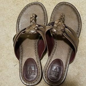 Ladies Frye Sandals
